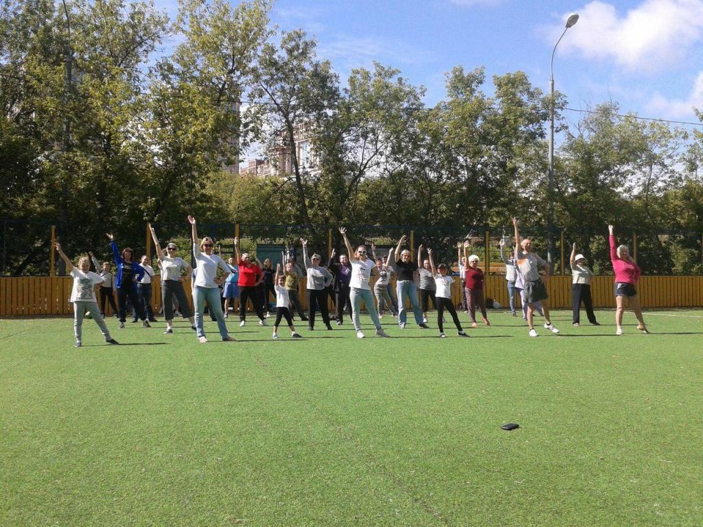 Любители активного образа жизни из Щукина могут проголосовать за тренировки, которые необходимы летом